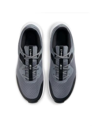 Nike Nike MC Trainer Erkek Training Ayakkabısı Gri
